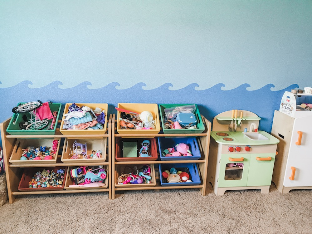 Playroom Organization: Beachy Vibes