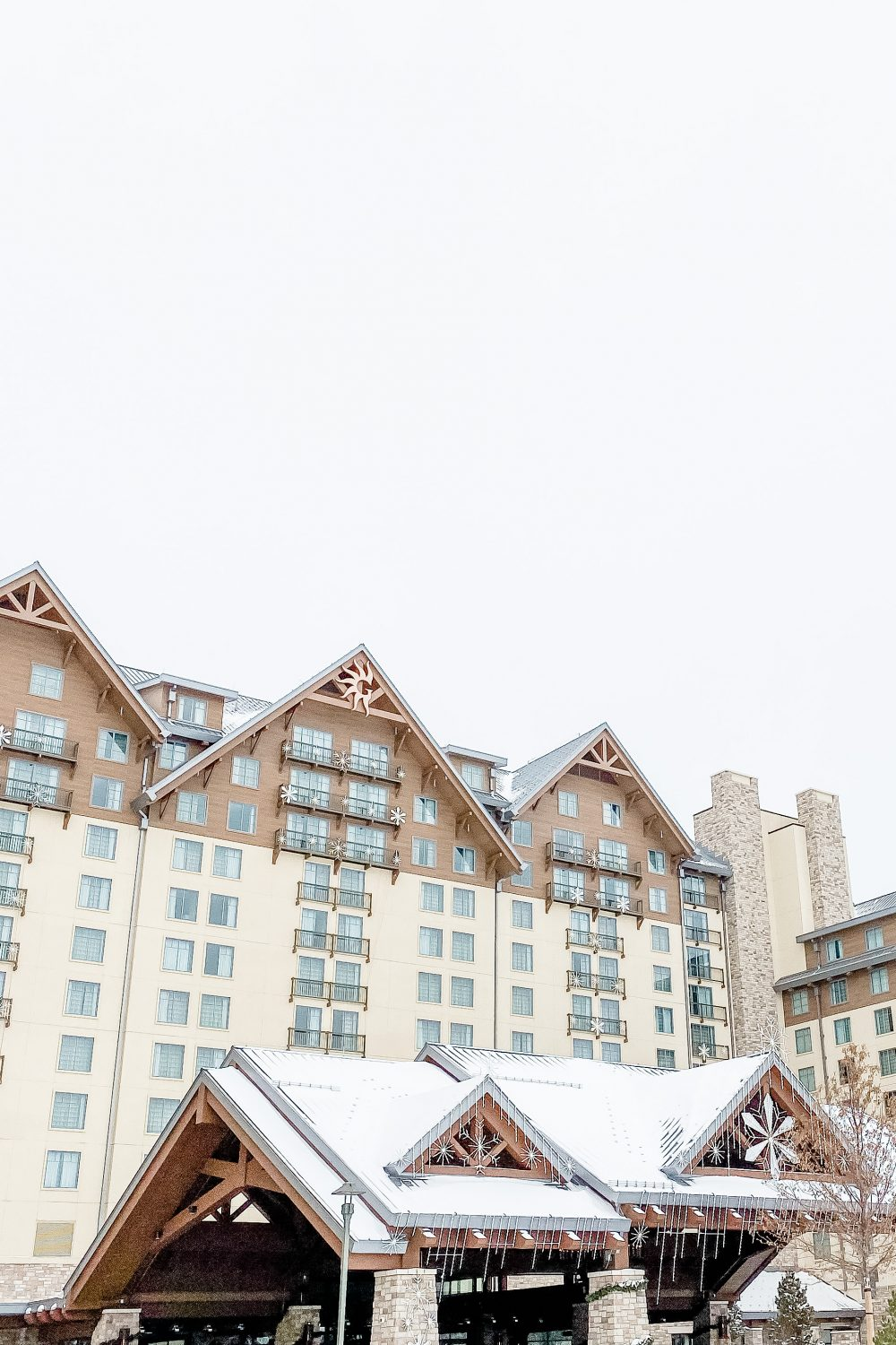 Gaylord Rockies Christmas: Know Before You Go
